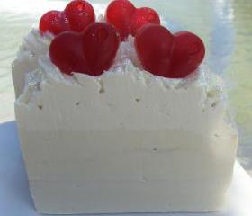 Wedding Day (yankee Type) with Shea Butter, Cocoa Butter and Pure Silk Soap Slice / Wedding Favor / cold process soap
